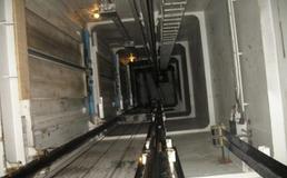 Caltanissetta, ascensore precipita per diversi metri: 50enne finisce in ospedale