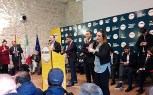 http://www.seguonews.it/di-maio-a-caltanissetta-su-macerata-stiamo-in-silenzio