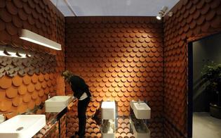 http://www.seguonews.it/spiava-le-donne-che-andavano-in-bagno-denunciato-un-palermitano