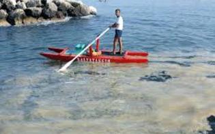 http://www.seguonews.it/la-mucillagine-intasa-le-reti-i-pescatori-di-gela-chiedono-lo-stato-di-crisi