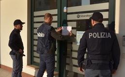 Agenzie di scommesse non autorizzate: a Caltanissetta sette persone denunciate dalla polizia