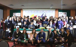 Corso di formazione politica organizzato da Caltanissetta Protagonista: Musumeci consegna gli attestati