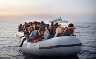 http://www.seguonews.it/tre-fratellini-fuggono-dalla-libia-per-curare-uno-di-loro-malato-di-leucemia