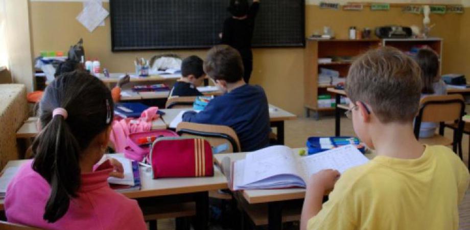 Scuola, Rizza (Cgil): inaccettabili ritardi nei pagamenti per quasi 70 mila docenti e ata del contingente Covid