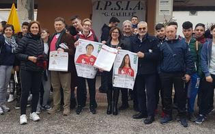 """A Caltanissetta il """"Tedoforo della prevenzione oncologica"""" con centinaia di studenti di tutte le scuole"""