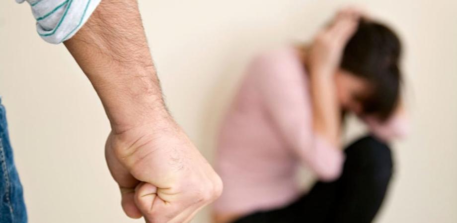 Violenza sulle donne: a Caltanissetta negli ultimi 2 mesi aumentate del 50% le richieste d'aiuto