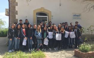 http://www.seguonews.it/studenti-del-carafa-di-riesi-in-visita-al-polo-laboratorio-di-san-giuliano