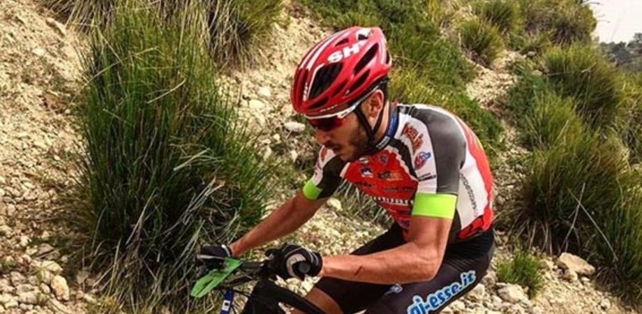 Due atleti del Team Lombardo impegnati nella Tiliment Marathon Bike