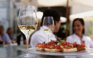 http://www.seguonews.it/somministrazione-di-alimenti-e-bevande-al-via-a-caltanissetta-un-corso-promosso-dalla-confcommercio-