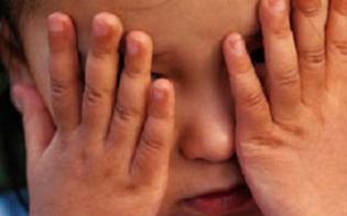 http://www.seguonews.it/padre-ubriaco-picchia-la-bimba-perch-piange-ricoverata-con-le-costole-rotte-e-lesioni-a-un-timpano