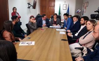 http://www.seguonews.it/gela-si-insedia-la-consulta-giovanile-e-composta-da-trenta-componenti