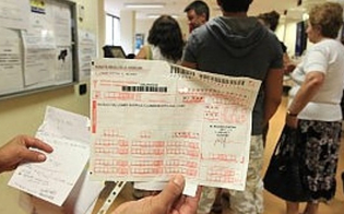 http://www.seguonews.it/cgil-caltanissetta-fino-a-88-giorni-di-attesa-per-una-visita-oculistica-la-politica-non-mortifichi-la-sanita