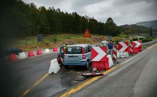 Autostrada A19: sbaglia allo svincolo per Caltanissetta e finisce dritto sul guardrail