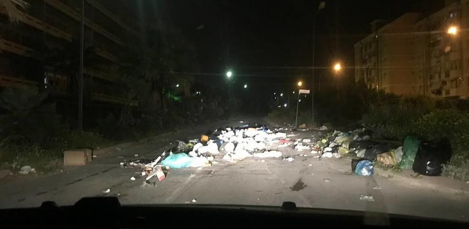 Gela, rifiuti: il sindaco ha emesso l'ordinanza per ripulire la città.