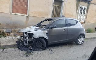 http://www.seguonews.it/incendio-nella-notte-a-caltanissetta-a-fuoco-lauto-di-una-47enne