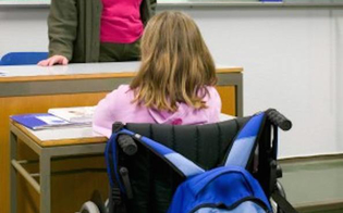 Scuola: sindacati, in Sicilia aumentano alunni disabili ma non i posti in organico per i docenti