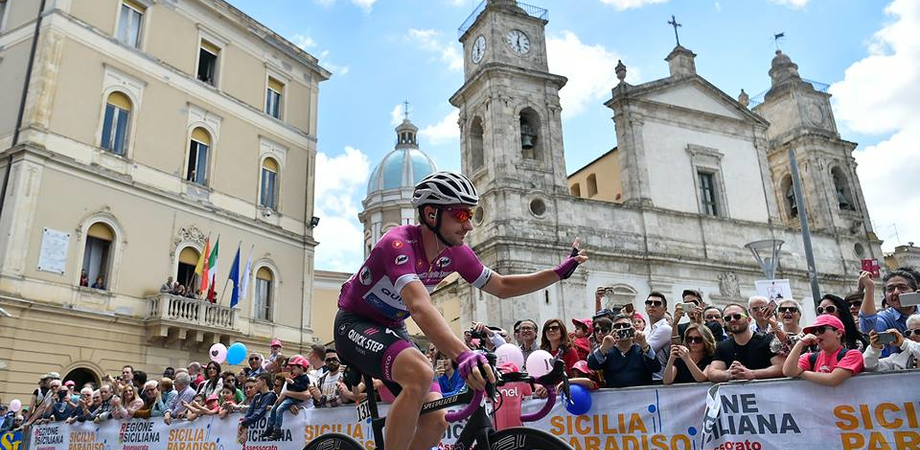 """""""Nessuna rinuncia alla tappa del Giro d'Italia"""". Disappunto dell'amministrazione per la decisione di escludere Caltanissetta"""