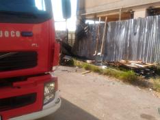 Caltanissetta, incendio in via Puccini: sul posto polizia e vigili del fuoco
