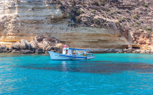 http://www.seguonews.it/voleva-morire-su-una-barca-a-lampedusa-era-il-desiderio-di-un-malato