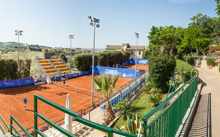 Tennis club a rischio chiusura, la V commissione consiliare attacca la giunta: