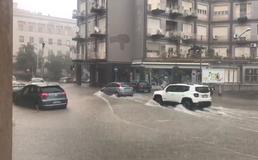 Bomba d'acqua a Caltanissetta: centinaia le chiamate alle forze dell'ordine. La città in tilt