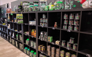 San Cataldo, negozi di prodotti a base di canapa. Il Pd chiede al sindaco di revocare l'ordinanza