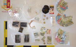 http://www.seguonews.it/caltanissetta-a-casa-con-hashish-eroina-e-cocaina-arrestato-gambiano-di-21-anni