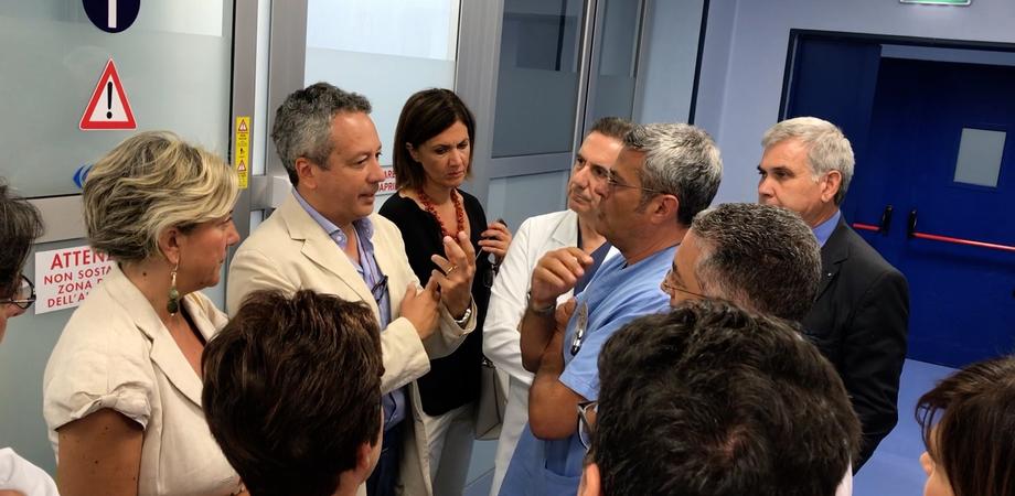 """Visita del sindaco Ruvolo all'ospedale Sant'Elia. """"La politica sia unita per tutelare la sanità nissena"""""""