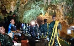 http://www.seguonews.it/salvi-tutti-i-12-ragazzi-e-il-loro-coach-rimasti-intrappolati-nella-grotta