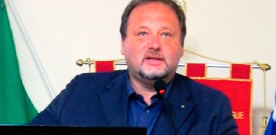 Gela, Francesco Pira presenta