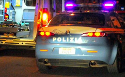 Scontro tra due auto in via Due Fontane: cinque feriti, grave un giovane di 27 anni