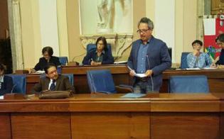 http://www.seguonews.it/il-consiglio-comunale-boccia-il-bilancio-ruvolo-decisione-che-ci-lascia-allibiti-a-pagare-purtroppo-saranno-i-cittadini