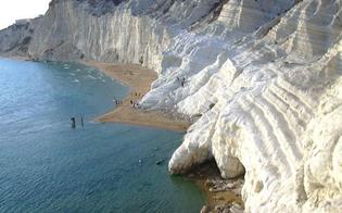 http://www.seguonews.it/i-luoghi-del-cuore-la-scala-dei-turchi-conquista-il-primo-posto-tra-i-beni-da-salvare