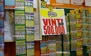 http://www.seguonews.it/vinti-500-mila-euro-con-un-gratta-e-vinci-in-un-bar-di-caltanissetta