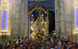 http://www.seguonews.it/mussomeli-celebra-la-madonna-dei-miracoli-con-mostre-concerti-di-musica-sacra-e-spettacoli