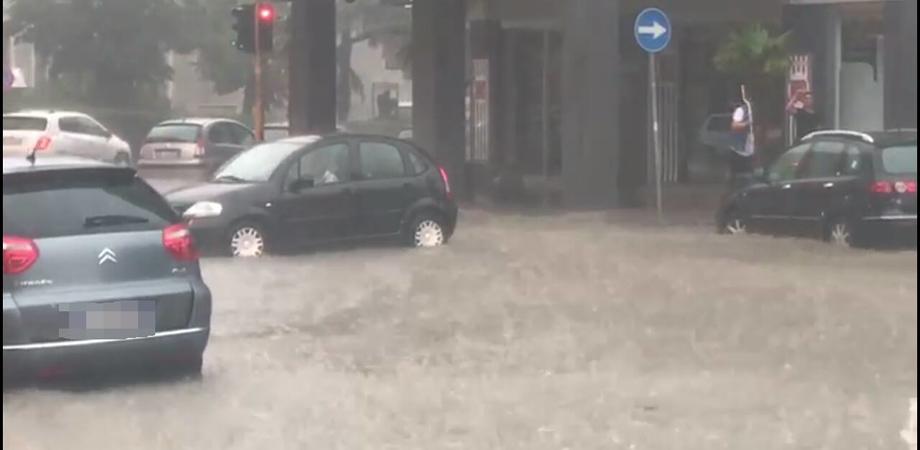 Caltanissetta, zone al buio dopo il temporale di Ferragosto