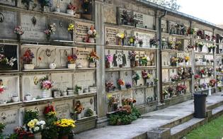 http://www.seguonews.it/gela-lunedi-riaprono-i-cimiteri-ma-con-regole-ben-precise-potranno-entrare-al-massimo-due-componenti-per-nucleo-familiare