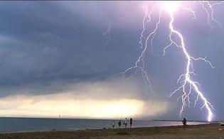 http://www.seguonews.it/fulmine-in-spiaggia-due-fratelli-feriti-uno-e-in-gravi-condizioni