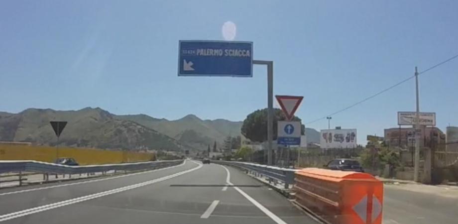 Maltempo, detriti e fango sulle strade: chiuso un tratto della Palermo - Sciacca
