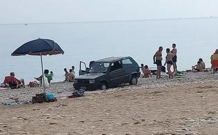 http://www.seguonews.it/panda-parcheggiata-in-spiaggia-la-polizia-la-rimuove