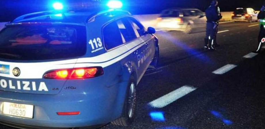 Caltanissetta, scontro frontale tra due auto: una donna in gravi condizioni