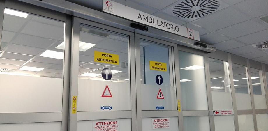 """Cittadino nisseno indignato: """"Pronto soccorso inadeguato, file di ore e niente privacy"""""""