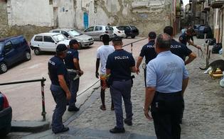 http://www.seguonews.it/caltanissetta-controlli-della-polizia-sequestrate-40-dosi-di-hashish-e-un-coltello