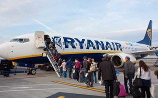 http://www.seguonews.it/anche-i-neonati-in-viaggio-con-ryanair-pagheranno-il-biglietto-i-bambini-sotto-i-due-anni-che-viaggeranno-con-i-loro-genitori-pagheranno-25-euro-