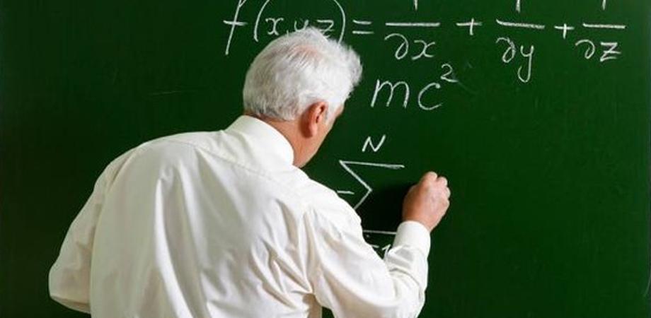 Scuola, 133 domande di pensione di docenti in attesa del via libera dell'Inps