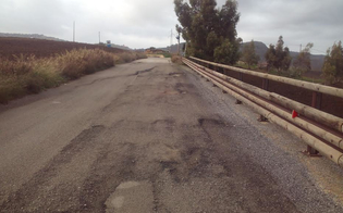 http://www.seguonews.it/santa-caterina-chiuso-un-viadotto-perch-a-rischio-crollo
