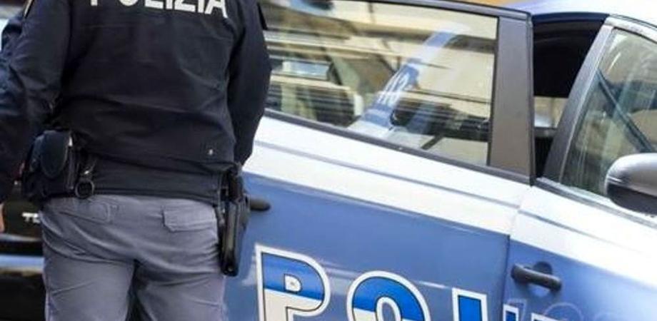 Caltanissetta, acquista un cellulare rubato per 100 euro: denunciato per ricettazione