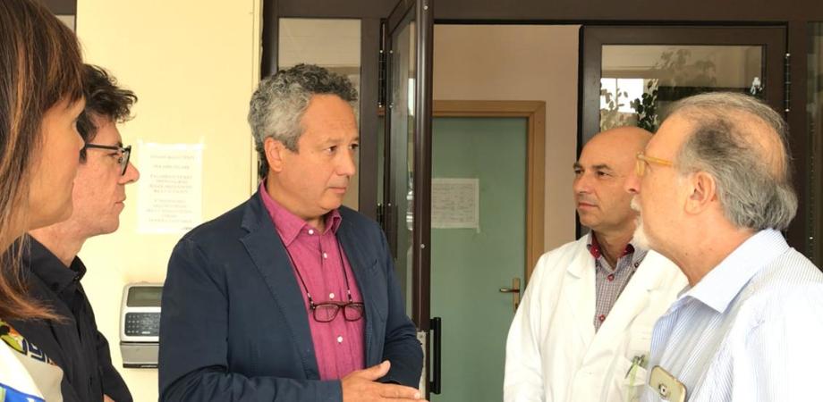 """Il sindaco Ruvolo in visita al poliambulatorio di via Malta: """"Presidio fondamentale, ma servono personale e attrezzature"""""""
