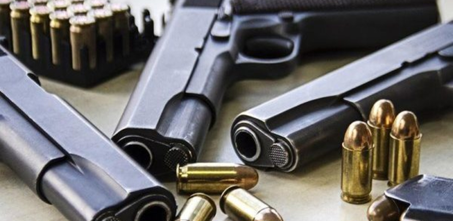 Polizia di Stato, entra in vigore nuovo decreto sulla detenzione di armi: ecco cosa c'è da sapere