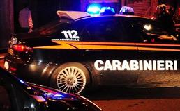 Caltanissetta, malviventi sfondano la vetrata di un bar con un furgone e portano via l'incasso